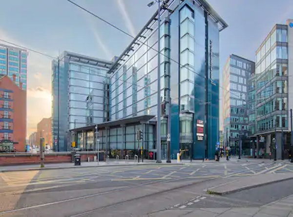 DOUBLETREE BY HILTON MANCHESTER PICCADILLY header image