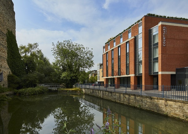 COURTYARD BY MARRIOTT, OXFORD CITY CENTRE header image