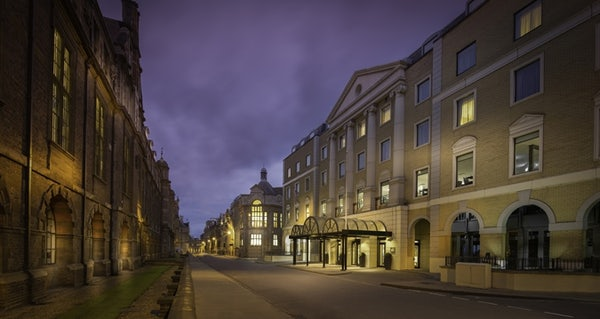 HILTON CAMBRIDGE CITY CENTRE header image