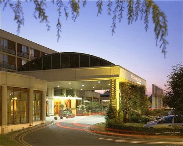 CROWNE PLAZA HEATHROW header image