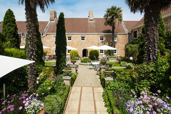 GREENHILLS COUNTRY HOUSE HOTEL header image