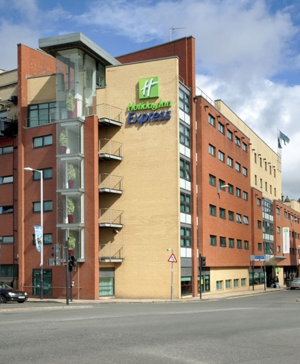 HOLIDAY INN EXPRESS GLASGOW CITY- RIVERSIDE header image