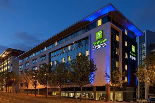 HOLIDAY INN EXPRESS NEWCASTLE CITY CENTRE header image