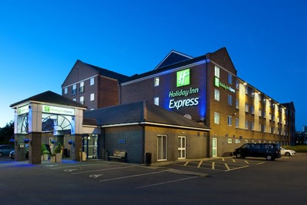 HOLIDAY INN EXPRESS NEWCASTLE METROCENTRE header image