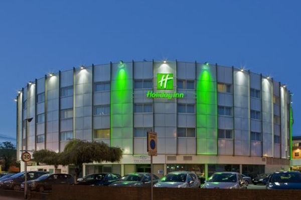 HOLIDAY INN HEATHROW-ARIEL header image