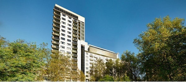 JUMEIRAH CARLTON TOWER header image