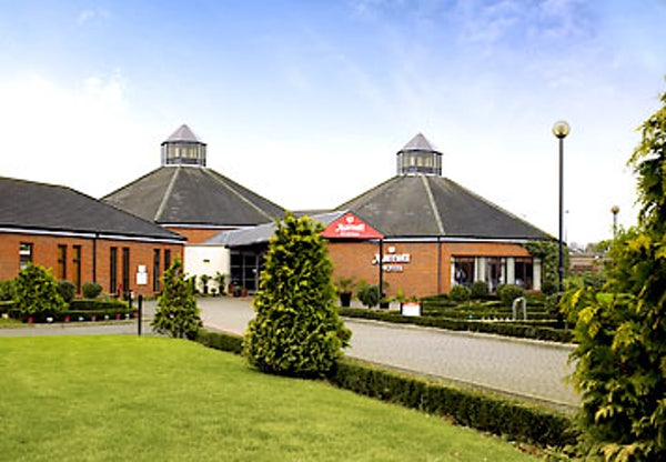 MARRIOTT WALTHAM ABBEY header image